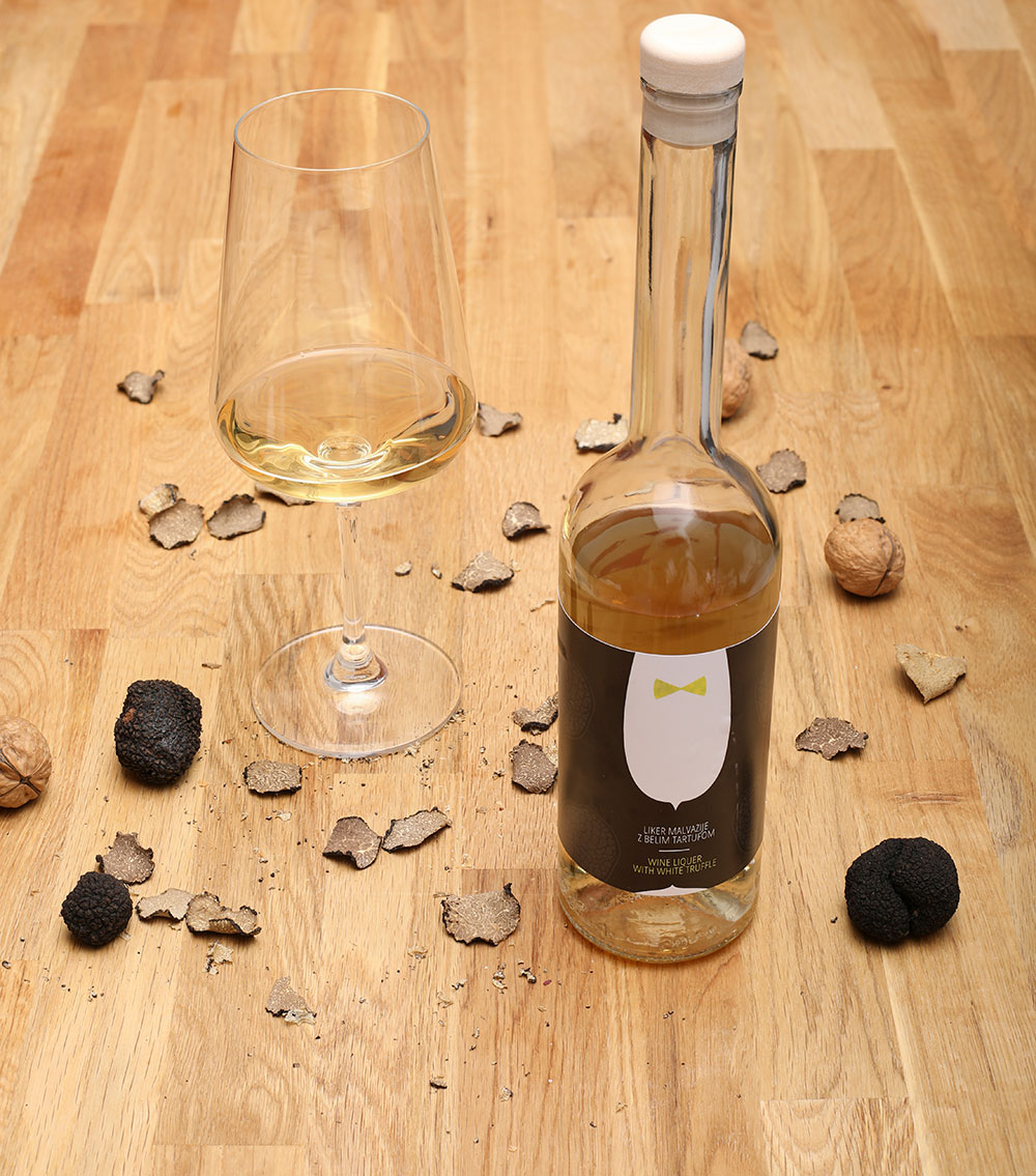 dessert wine with white truffle